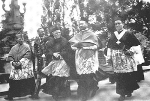 Vilmos Apor (nr. 2 f.h.) ved Den 34. eukaristiske verdenskongress i Budapest i 1938